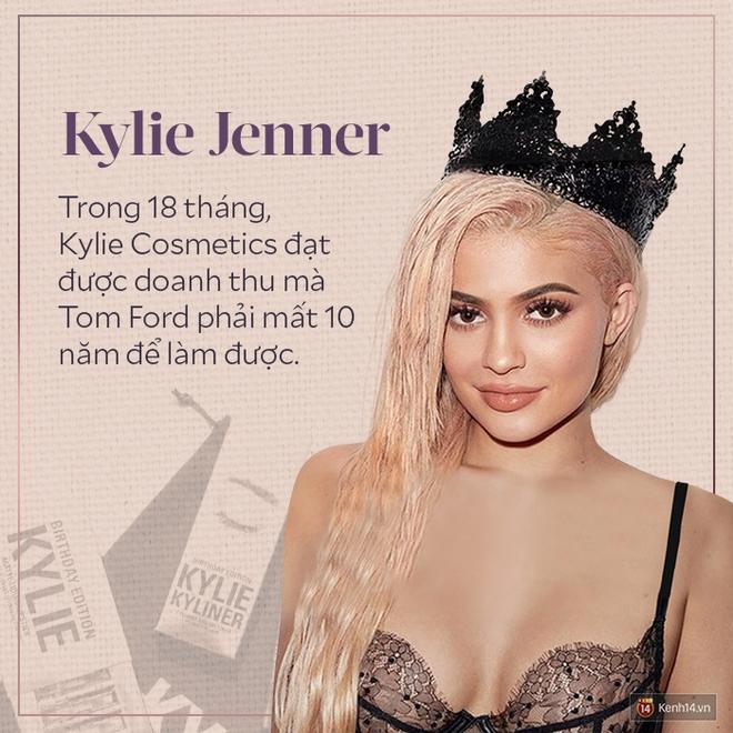 Vì sao Kylie Jenner có thể thành tỷ phú USD giàu sụ ở tuổi 25 chỉ nhờ sự nổi tiếng và thị phi? - Ảnh 14.