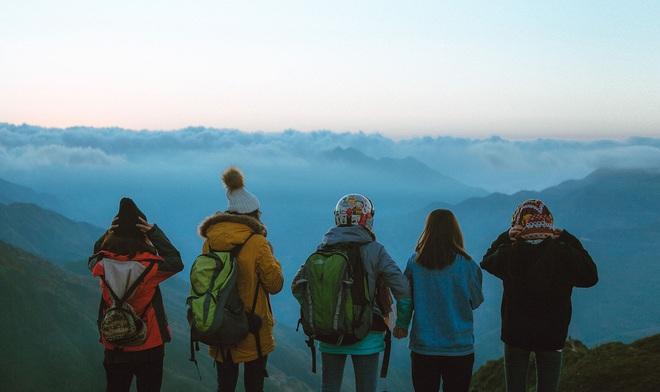 Đi du lịch với đám bạn thân, nhất định phải chơi 10 kiểu chụp ảnh này để có album sống ảo nghìn like! - Ảnh 15.