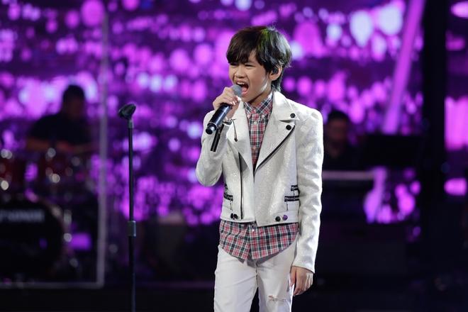 Vietnam Idol Kids: Hoàng tử Bolero bất ngờ chuyển sang hát nhạc Phan Mạnh Quỳnh - Ảnh 15.