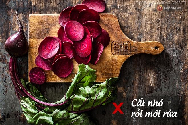 """5 thói quen chế biến rau củ khiến lượng dinh dưỡng """"biến mất"""" gần hết - Ảnh 1."""