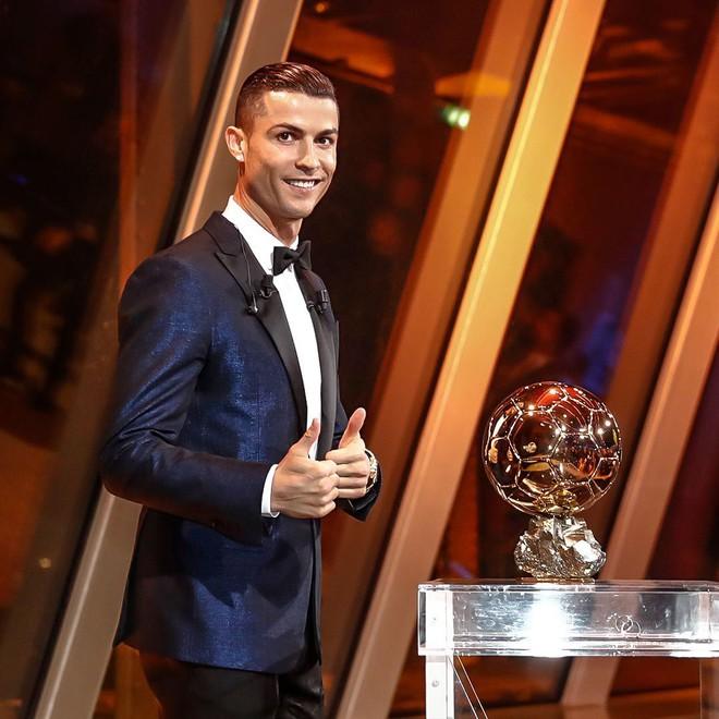 Tỷ số năm 2012 là 4-1 và tưởng chừng Ronaldo không bao giờ đuổi kịp Messi - ảnh 4