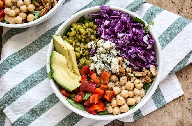 Ăn salad không chỉ đẹp da mà còn chứa nhiều công dụng thần kỳ rất tốt cho sức khỏe - ảnh 2