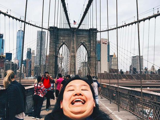 Cằm 2 ngấn đi khắp thế gian: Bộ ảnh du lịch có 1-0-2 của cô nàng mặt tròn vô cùng đáng yêu - Ảnh 5.