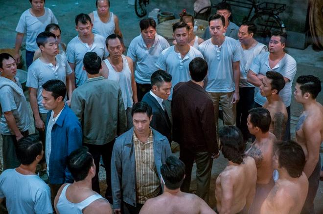 Trùm Hương Cảng: Cuộc chạm trán đầu tiên của Lưu Đức Hoa và Chân Tử Đan - Ảnh 6.