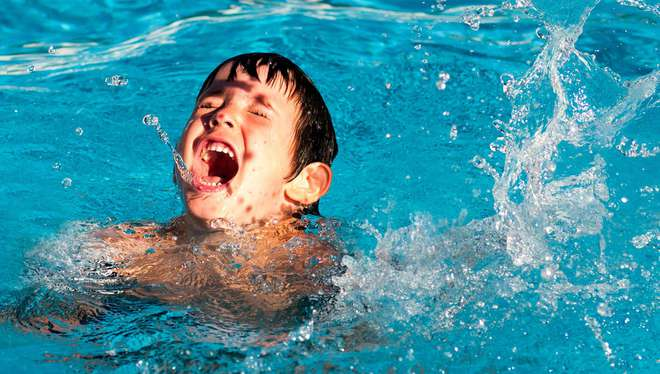 Mỗi phút có 2 người chết và những sự thật đáng giật mình bạn cần biết trước khi đi bơi - Ảnh 2.