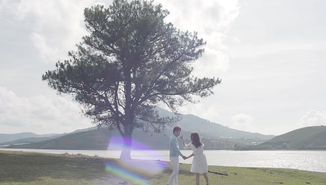 Ca sĩ Tuấn Kiệt tung cùng lúc 2 MV để đánh dấu sự trở lại - Ảnh 2.