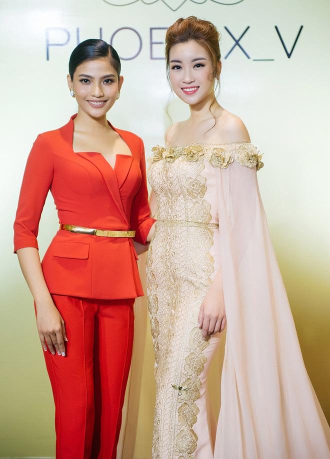 Hoa hậu Mỹ Linh đẹp kiêu sa, đọ sắc bên đàn chị Vũ Thu Phương - Ảnh 6.
