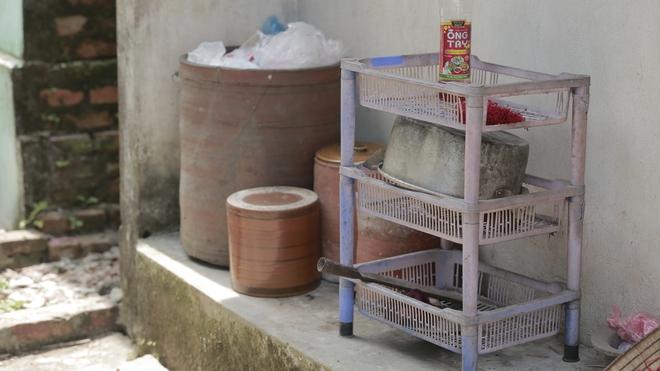 Cộng đồng chung tay giúp đỡ cặp vợ chồng ông điếc chăm bà mù bằng những bữa cơm chỉ có 5.000 đồng - Ảnh 4.