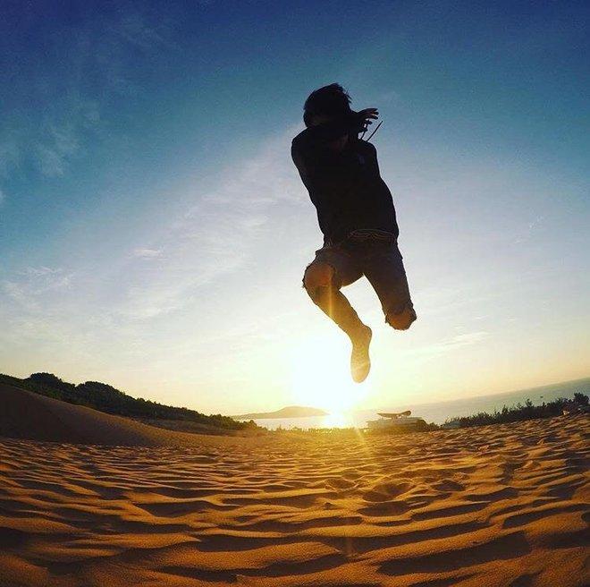 Ngẩn ngơ trước 5 đồi cát đẹp mê hồn ở miền Trung, nhìn thôi đã yêu luôn rồi - Ảnh 1.