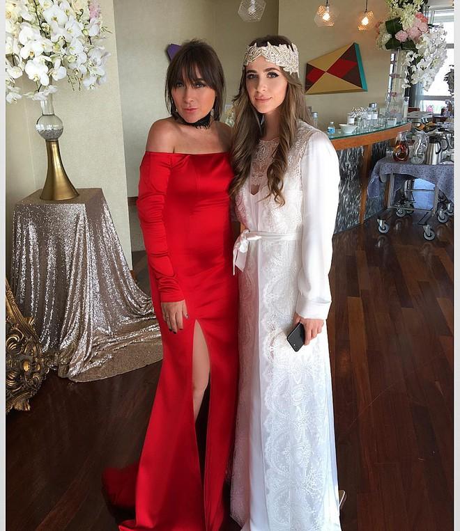 Chẳng ai như tiểu thư nước Nga, chi gần 230 tỷ đồng để mua váy cưới - Ảnh 5.