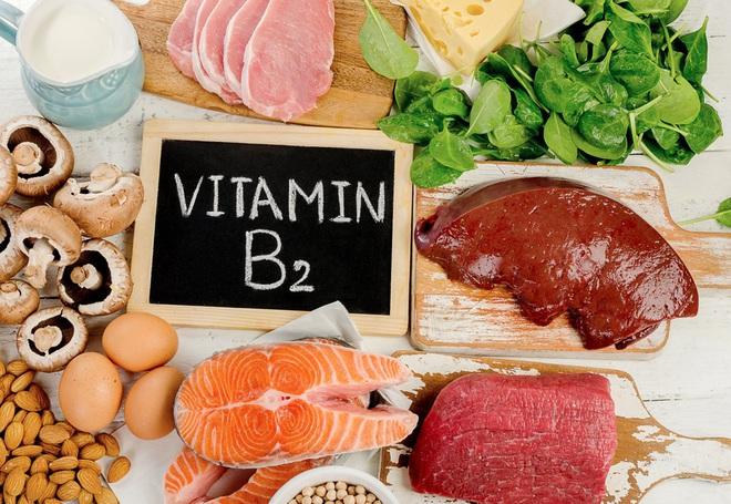 Hãy ghi nhớ những loại vitamin cần bổ sung thường xuyên để làn da luôn trẻ khỏe - Ảnh 2.