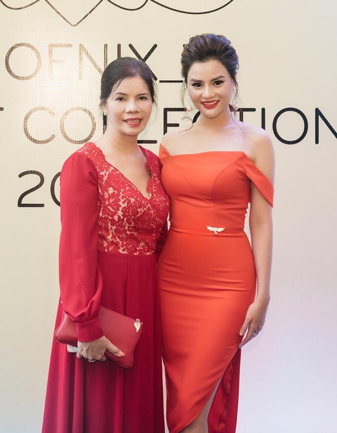 Hoa hậu Mỹ Linh đẹp kiêu sa, đọ sắc bên đàn chị Vũ Thu Phương - Ảnh 11.
