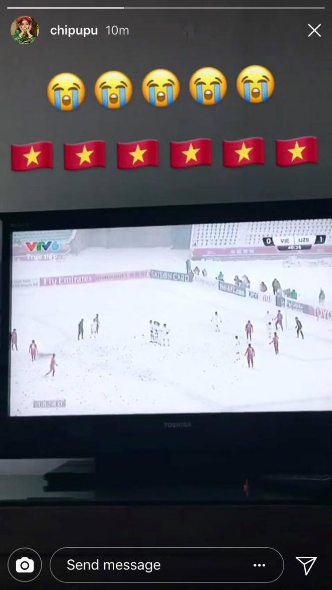 Nghệ sĩ Việt xót xa khi chứng kiến U23 Việt Nam thi đấu trong thời tiết giá lạnh, tuyết phủ kín sân - Ảnh 2.