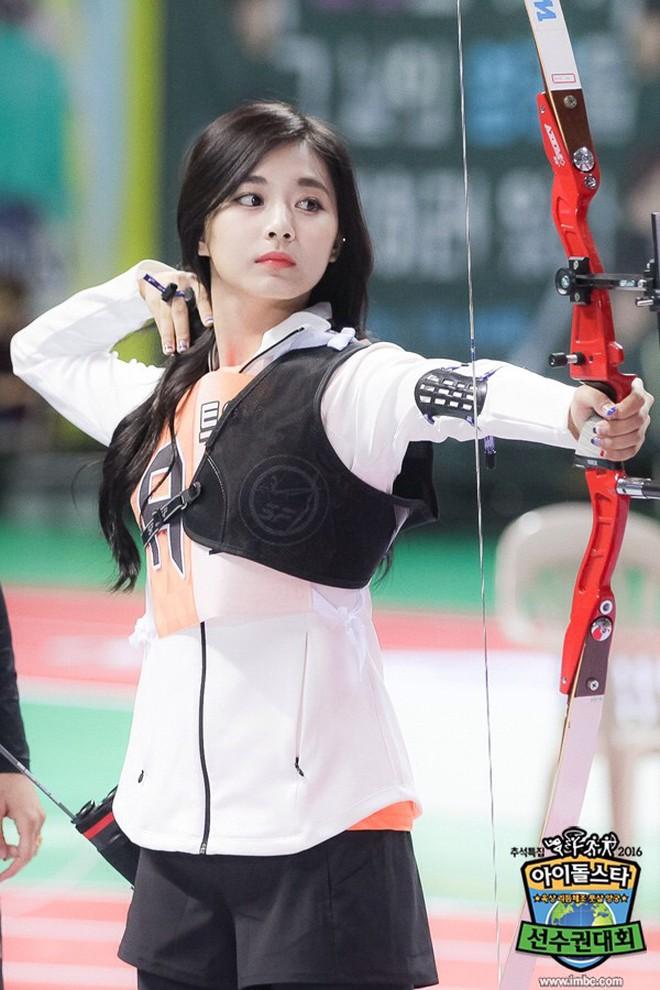 Đại hội thể thao idol: Nơi đưa loạt thần tượng vô danh lên hàng nam thần nữ thần, sàn đấu của mỹ nhân BIG3 - ảnh 1
