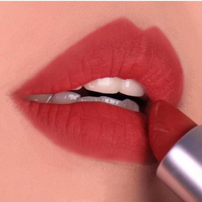 Review son lì MAC Powder Kiss hot hit mới toanh: cận cảnh chất son và những gam màu đẹp nhất, hợp con gái châu Á nhất - ảnh 17