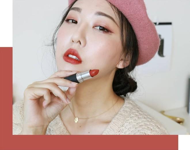 Review son lì MAC Powder Kiss hot hit mới toanh: cận cảnh chất son và những gam màu đẹp nhất, hợp con gái châu Á nhất - ảnh 5