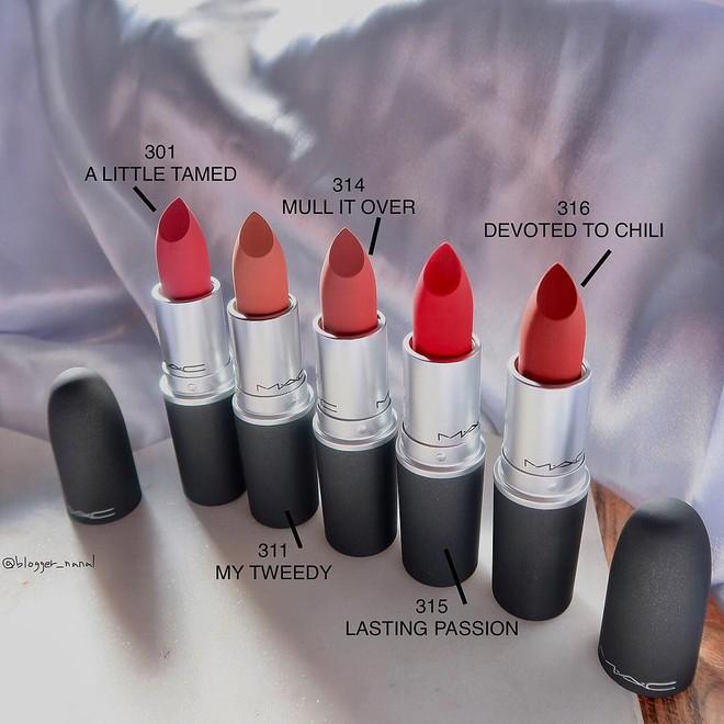 Review son lì MAC Powder Kiss hot hit mới toanh: cận cảnh chất son và những gam màu đẹp nhất, hợp con gái châu Á nhất - ảnh 8
