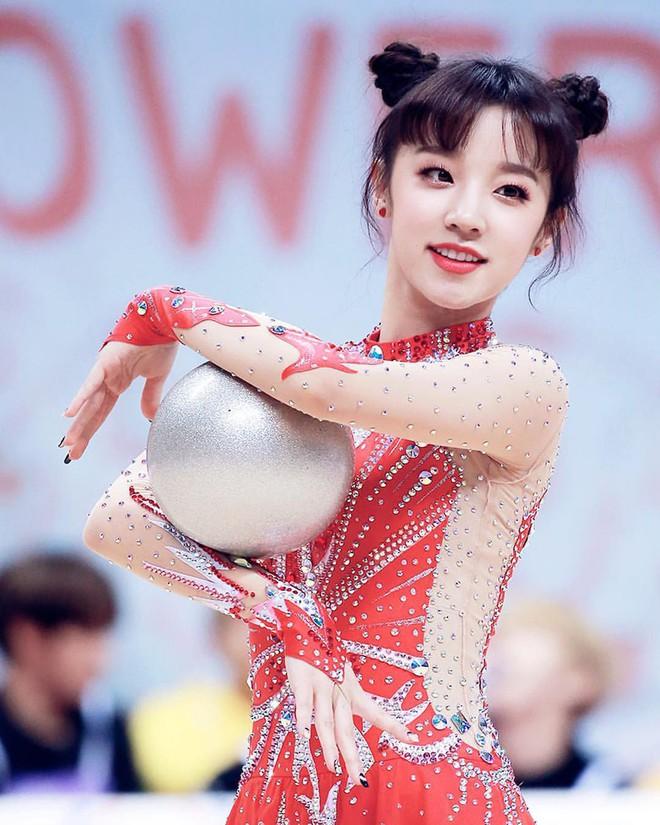 Đại hội thể thao idol: Nơi đưa loạt thần tượng vô danh lên hàng nam thần nữ thần, sàn đấu của mỹ nhân BIG3 - ảnh 21