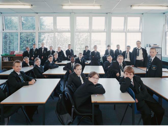 Khám phá đồng phục của học sinh, sinh viên thế giới: Nơi gây choáng vì đắt đỏ, nơi ấn tượng mạnh về độ độc đáo - Ảnh 15.