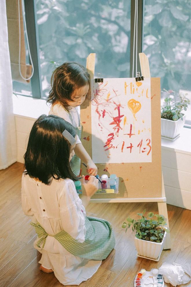 Lưu Hương Giang - Hồ Hoài Anh lần đầu chụp ảnh gia đình đủ 4 thành viên, hé lộ con gái hơn 2 tuổi lớn phổng phao - Ảnh 4.