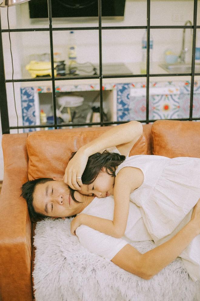 Lưu Hương Giang - Hồ Hoài Anh lần đầu chụp ảnh gia đình đủ 4 thành viên, hé lộ con gái hơn 2 tuổi lớn phổng phao - Ảnh 8.