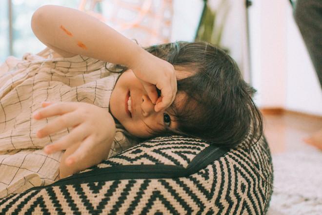Lưu Hương Giang - Hồ Hoài Anh lần đầu chụp ảnh gia đình đủ 4 thành viên, hé lộ con gái hơn 2 tuổi lớn phổng phao - Ảnh 16.