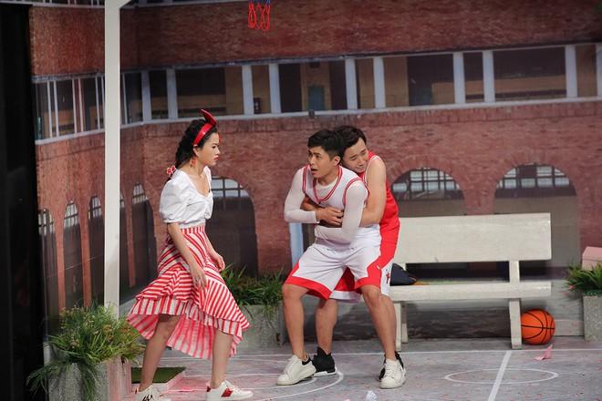 Trấn Thành - Gin Tuấn Kiệt tỏ tình cùng nhau trên sân khấu Ơn giời - Ảnh 3.