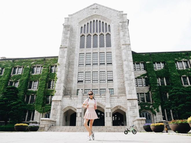 Ký túc xá của Đại học nữ sinh lớn nhất thế giới: Nội thất siêu xịn, sinh viên được phục vụ... tận răng - Ảnh 2.