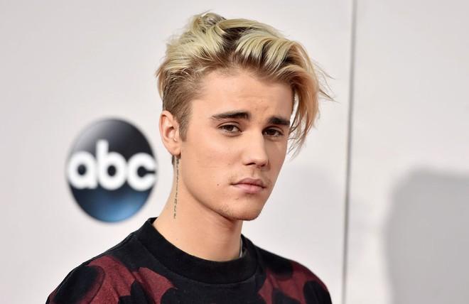 Top gương mặt đẹp nhất thế giới 2018: V (BTS) vượt qua Justin Bieber, mỹ nhân TWICE này bất ngờ giành hạng 1 - ảnh 3