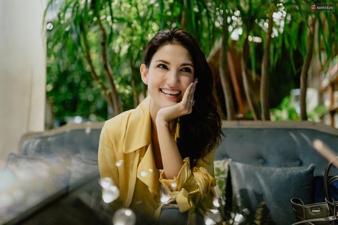Host Cindy Bishop nói gì về Hồ Ngọc Hag khi làm việc chung tại Asia's Next Top Model? - ảnh 5