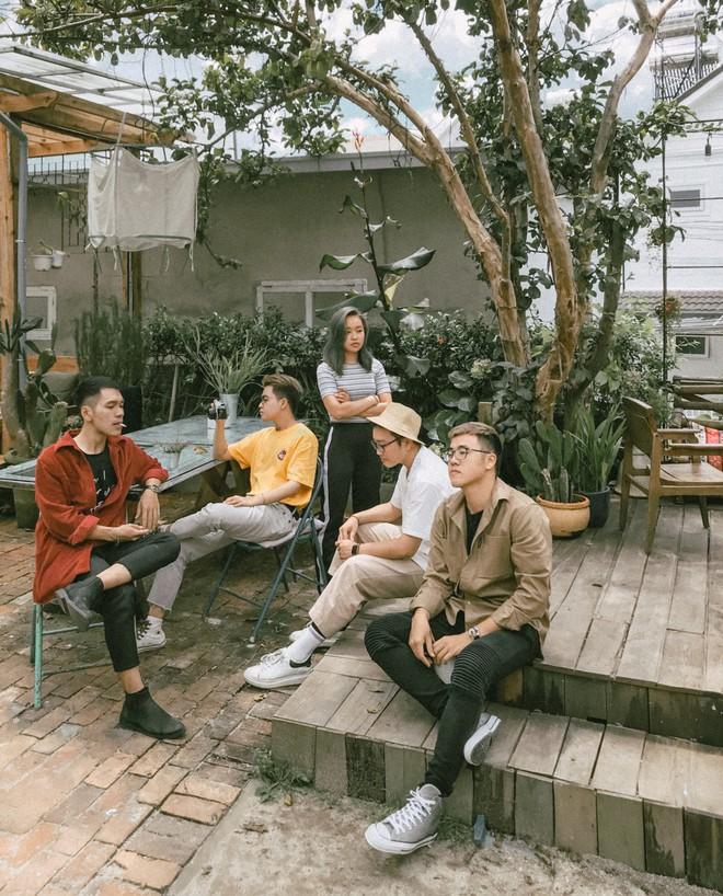 Hội bạn thân 3 miền Bắc - Trung - Nam rủ nhau lên Đà Lạt, chụp ảnh nhóm xuất sắc như bìa tạp chí - Ảnh 10.