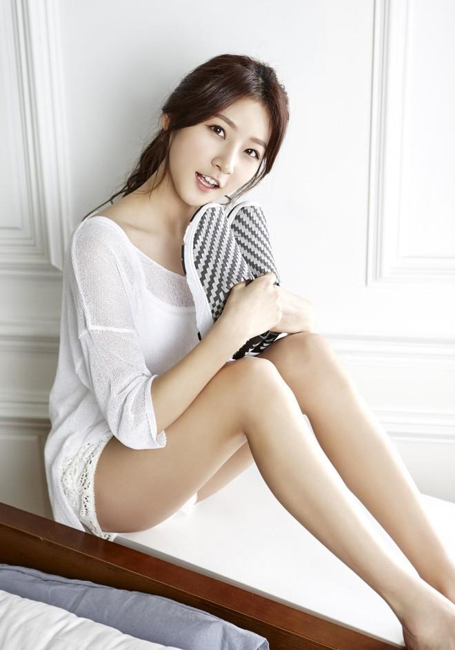Kim Sae Ron: Sao nhí từng 2 lần đi thảm đỏ Cannes, nhan sắc Kim Yoo Jung, Kim So Hyun cũng phải kiêng dè - Ảnh 13.