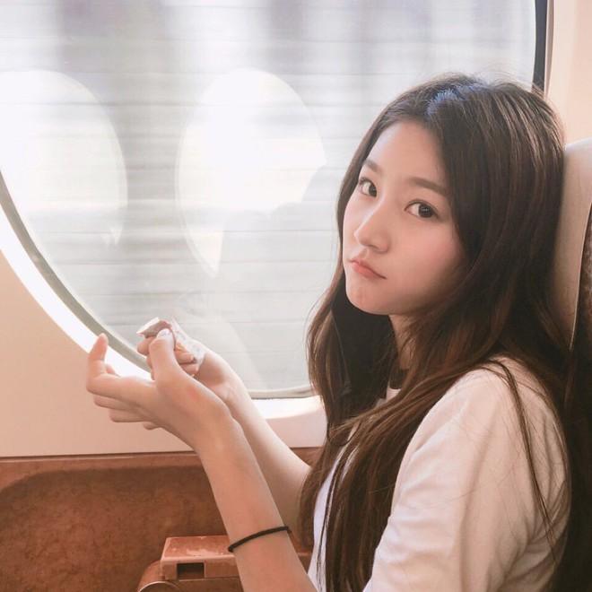 Kim Sae Ron: Sao nhí từng 2 lần đi thảm đỏ Cannes, nhan sắc Kim Yoo Jung, Kim So Hyun cũng phải kiêng dè - Ảnh 21.