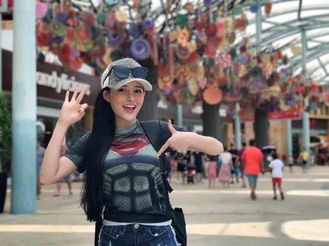 Ngân 98 được báo Trung Quốc khen nức nở, được gọi là nữ thần đẹp nhất Việt Nam - ảnh 7
