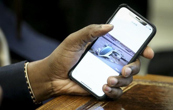 Kanye West mong mỏi Apple sẽ làm máy bay iPlane cho Tổng thống Mỹ, thậm chí anh ta đã vẽ ra nó trông như thế nào - Ảnh 3.