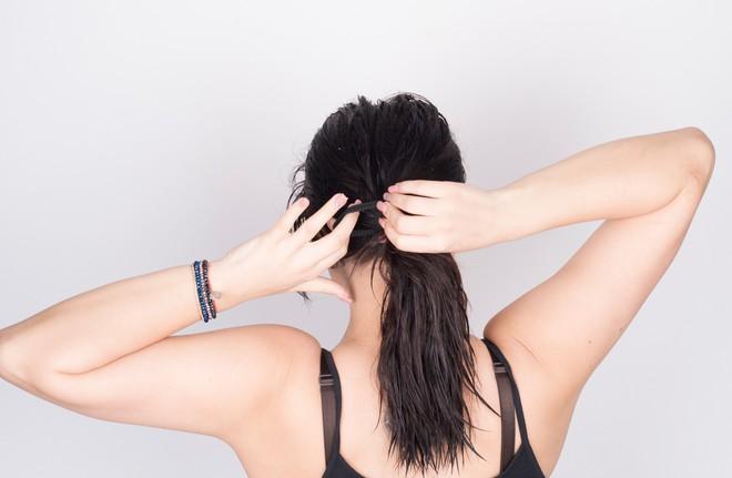 Từ thói quen nhiều bạn gái hay mắc phải đến căn bệnh trứng tóc không thể coi thường - ảnh 3