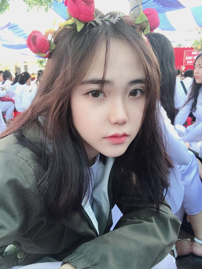 Nữ sinh Sài Gòn bị đồn phẫu thuật thẩm mỹ để giống IU, thường xuyên bị tán tỉnh dù đã có người yêu - Ảnh 9.