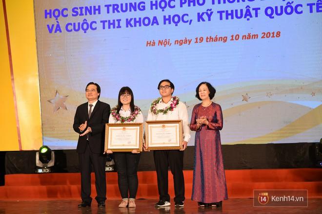 Bộ Giáo dục và Đào tạo tuyên dương 33 học sinh THPT đoạt giải Olympic và cuộc thi Khoa học, Kỹ thuật quốc tế - Ảnh 7.