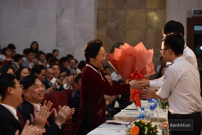 Bộ Giáo dục và Đào tạo tuyên dương 33 học sinh THPT đoạt giải Olympic và cuộc thi Khoa học, Kỹ thuật quốc tế - Ảnh 13.