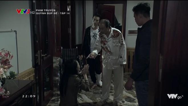Cảnh lật mặt, dùng dao uy hiếp rồi cướp Quỳnh Búp Bê khỏi tay Phong Cấn - ảnh 9