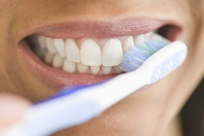Mối liên hệ giữa các vấn đề răng miệng và sức khỏe tổng thể mà chúng ta thường bỏ qua - Ảnh 7.
