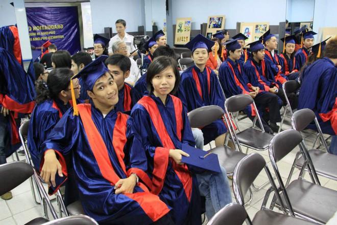Chàng nhiếp ảnh bại não ở Sài Gòn từng bị trường cấp 2 từ chối: Nhiều người hỏi mình đi học làm gì, lớn lên ai mà mướn? - ảnh 5