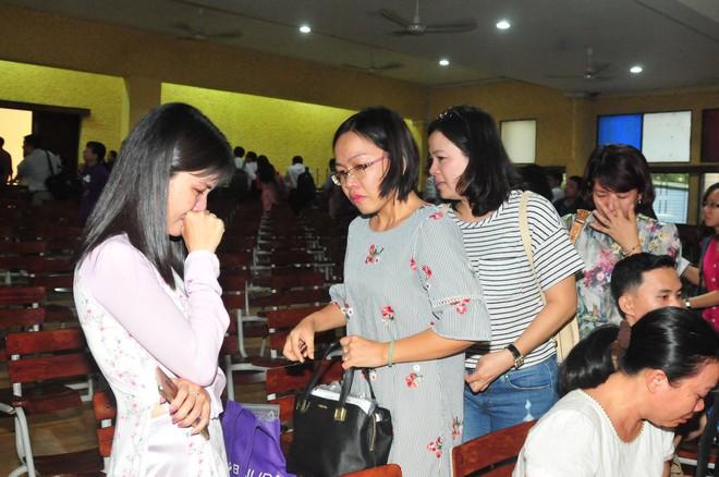 Có một thầy hiệu trưởng đã khiến cả trường chuyên Trần Đại Nghĩa bật khóc khi chuyển công tác - ảnh 4