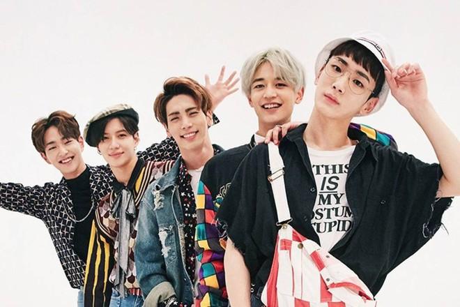 1001 chuyện tên gọi của nhóm nhạc trước debut: Suýt thì BTS biến mất, quái vật em bé thế chỗ BLACKPINK - Ảnh 4.