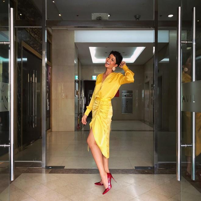 Muốn thành cao thủ mặc đẹpZZZ Bạn hãy nhìn cách H'Hen Niê, Bảo Anh và Ái Phương cùng diện 1 chiếc váy - ảnh 2