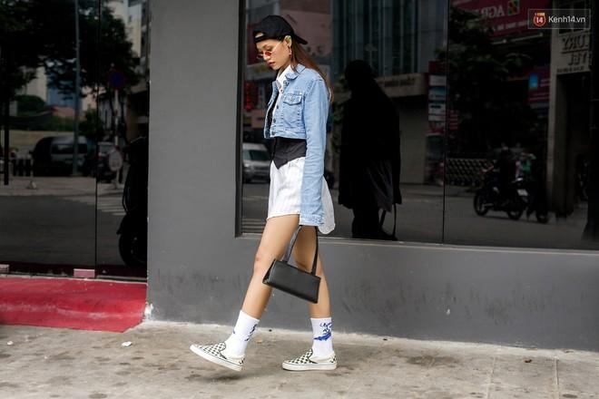 Street style 2 miền: các bạn trẻ bắt trends nhanh như điện, diện toàn những món đồ hot hit nhất mùa thu năm nay - ảnh 9