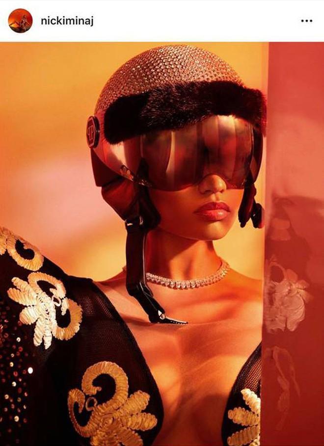 Lại thêm tin vui: Nicki Minaj diện đồ của NTK Việt, khoe ảnh siêu xịn trên Instagram 92 triệu follower! - ảnh 3