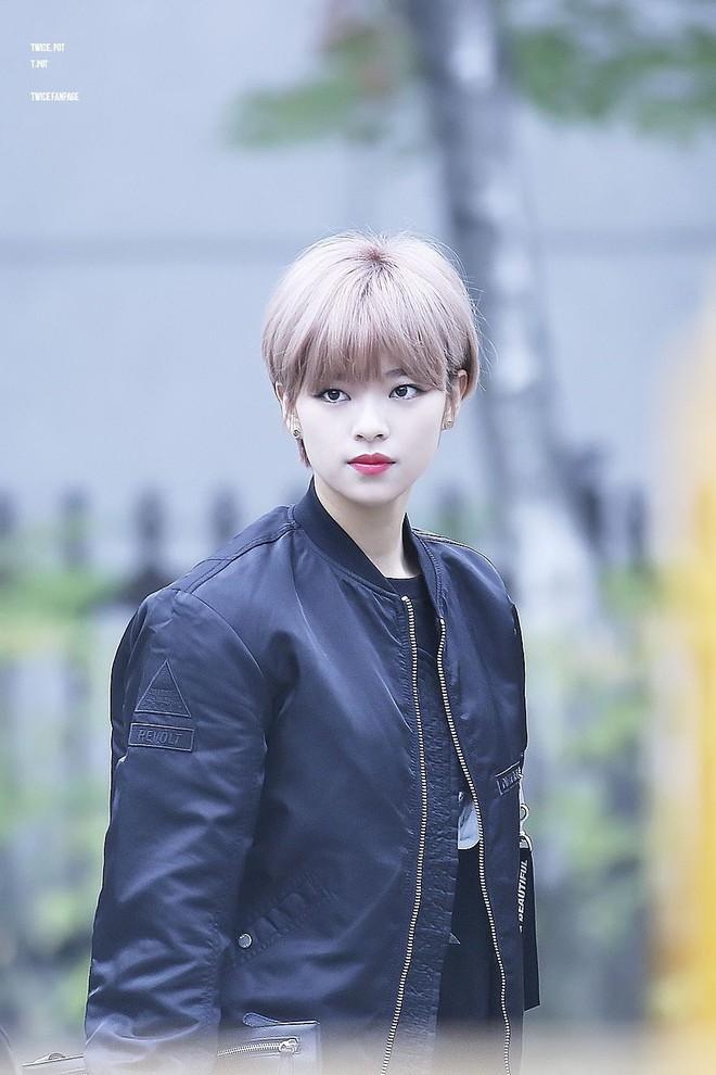 Chưa cần thẩm mỹ, nhiều idol Hàn Quốc vẫn thăng hạng nhan sắc nhờ cắt tóc ngắn - ảnh 2