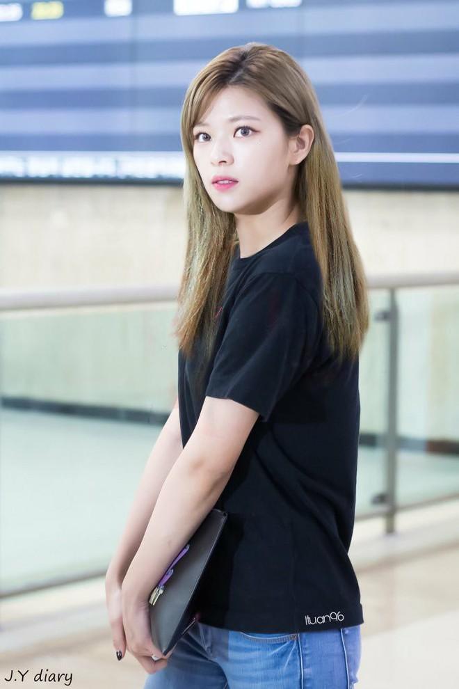 Chưa cần thẩm mỹ, nhiều idol Hàn Quốc vẫn thăng hạng nhan sắc nhờ cắt tóc ngắn - ảnh 1