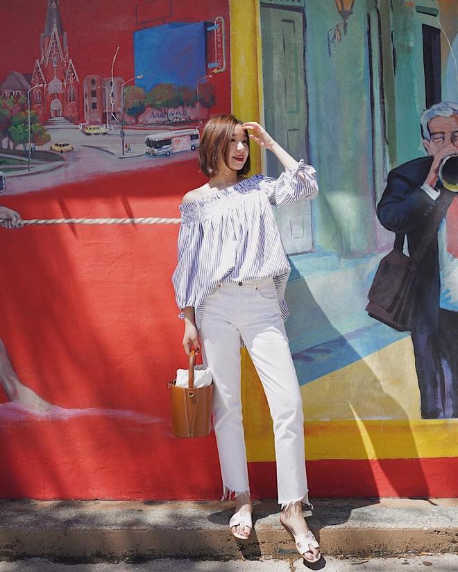 Có một kiểu quần mà các nàng cứ diện lên sẽ trẻ trung và nữ tính hơn bội phần, đó chính là quần jeans trắng - ảnh 9